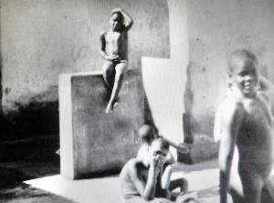 Crianças também eram mantidas, em situação degradante, no Colônia.