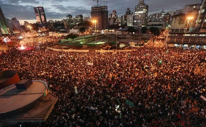 São Paulo protesta. (Foto: Miguel Schincariol/AFP)