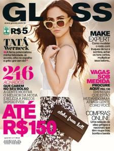 """Capa da """"Gloss"""" de agosto, a última edição da revista."""