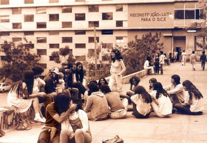 Imagem de alunos da Fafich em 1980. Foto: Arquivo Pessoal/ Ana Rita Trajano