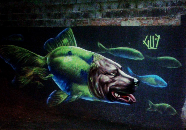 Grafite de Marcelo Gud, na rua Prof. Estêvão Pinto, Serra.