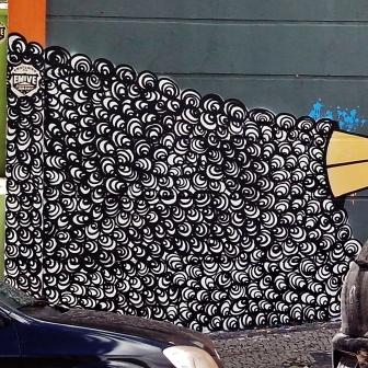 Grafite de Baba Jung, na rua do Ouro, Serra. Fotografado por CMC em março de 2014