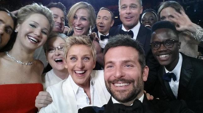 Selfie de atores no Twitter de Ellen DeGeneres (@TheEllenShow)