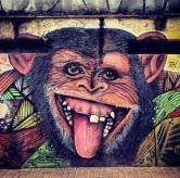 Grafite na av. Alfredo Balena. Fotografado por Guilherme Ávila e publicado originalmente em seu Instagram em julho/2013: http://instagram.com/guilherme_avila