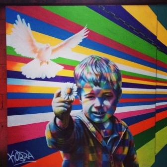 Grafite na Direcional Engenharia, na rua Grão Pará, Santa Efigênia. Fotografado por Guilherme Ávila e publicado originalmente em janeiro/2014 em seu Instagram: http://instagram.com/guilherme_avila
