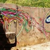 Grafite de Testa e Amigo, na avenida Bandeirantes, Mangabeiras. Detalhe/continuação do grafite seguinte. Fotografado por CMC em 7.4.2014