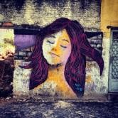 Grafite no Hospital e Maternidade Santa Fé, na rua Pouso Alegre, em Santa Tereza. Fotografado por Guilherme Ávila e publicado originalmente em fevereiro/2014 em seu Instagram: http://instagram.com/guilherme_avila