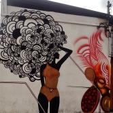 Grafite de Taina Lima na avenida do Contorno, por volta do número 3.300, no Santa Efigênia (perto da praça Floriano Peixoto). Fotografado por CMC em 13.4.2014.