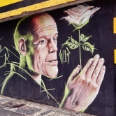 Grafite de Marcelo Gud ao lado do Colégio Padre Machado, na av. do Contorno, 6.539, São Pedro. Fotografado por CMC em 17.4.2014.