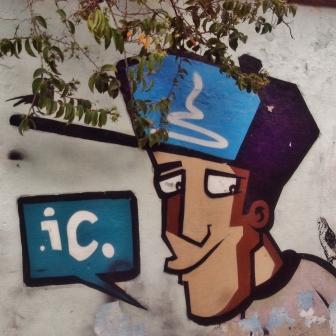 Grafite na rua Teixeira de Freitas, no bairro Santo Antônio. Fotografado por CMC em 19.6.2014.