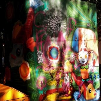 Grafite no Bar da Dalva. Fotografado por CMC em 30.6.2014.