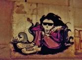 Grafite em rua que corta a Monte Alegre, na Serra. Fotografado por CMC em 9.8.2014