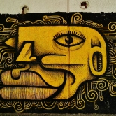 Grafite de Thiago Alvim na rua Tomé de Souza quase com Cristóvão Colombo, fotografado por CMC em 28.9.2014