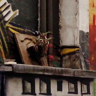 Grafite dentro da Associação Casa do Estudante, na rua Ouro Preto, 1421, Santo Agostinho, Centro-Sul de BH. Foto tirada por CMC em 8.11.2014