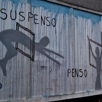 Projeto Tapume com Arte, na rua da Bahia, perto da Praça da Liberdade. Foto tirada por CMC em 12.11.2014