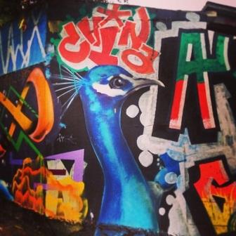 Grafite no Paulinho Pneus, na av. Amazonas, 3.300, Barroca. Fotografado por Guilherme Ávila e publicado originalmente em seu Instagram: http://instagram.com/guilherme_avila