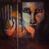 Grafite em ponto de ônibus da rua Padre Belchior. Fotografado por Guilherme Ávila e publicado originalmente em fevereiro/2014 em seu Instagram: http://instagram.com/guilherme_avila