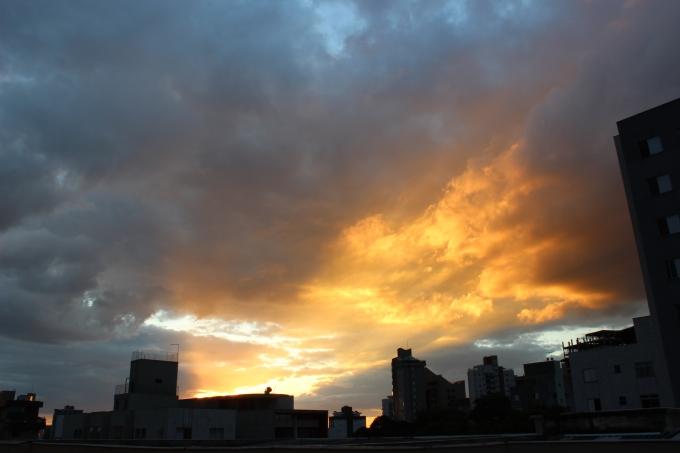 Céu de Beagá! Foto: CMC