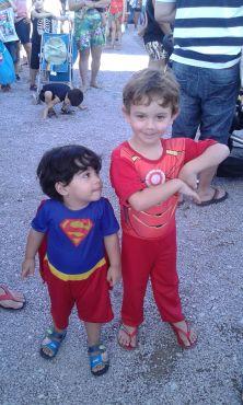 Mais super-heróis! Foto enviada por Regiane Suela