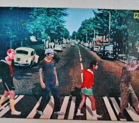 Chavessss! Tinha que ter! Na Abbey Road! Foto: CMC, em 27/3/2015