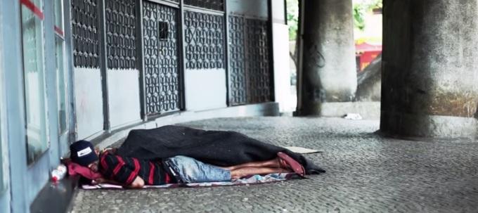 Morador de rua em Belo Horizonte. Foto: Leo Fontes