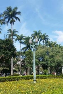 Foto tirada por Gabi Castro, em 12.6.2015, na Praça da Liberdade, cartão postal de Belo Horizonte.