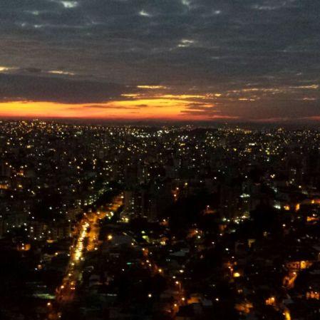 Foto de Mônica Moreno no bairro Gutierrez, tirada em 16 de junho.