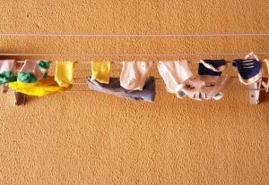 Desde a 34ª semana de gravidez, o varal de casa passou a ficar cheio de roupinhas de bebê :)