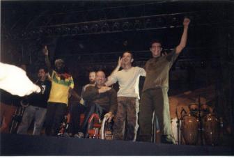Banda: Paralamas do Sucesso Local: Arena Telemig Celular, Belo Horizonte Data: maio de 2003. Se não me engano, foi a primeira turnê do Herbert Vianna depois do acidente. Ingresso: Cortesia