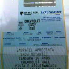 O primeiro show que vi do Mutantes, ainda com o Arnaldo Baptista. Primeira turnê que eles fizeram depois do retorno. Chrevrolet Hall, Beagá, abril de 2007. (R$ 35)