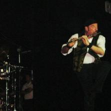 Jethro Tull - Chevrolet Hall, Belo Horizonte, abril de 2007. (R$ 35) (https://kikacastro.wordpress.com/2011/01/22/presente-de-amigo-light-music/)
