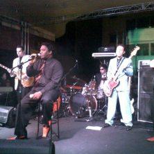 Mud Morganfield, filho de Muddy Waters! Primeiro festival da Galeria do Rock, São Paulo, abril de 2011. (https://kikacastro.wordpress.com/2011/04/26/o-primeiro-festival-da-galeria-do-rock/) (Grátis! Ganhei convite)