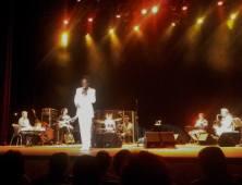 Luiz Melodia! No Sesc Palladium, BH, com Beto Trajano, em 1.11.2014! De graça (mas o convite era de R$ 60 a R$ 80). Mais informações: https://kikacastro.com.br/2014/11/03/melodia-eternamente-jovem/