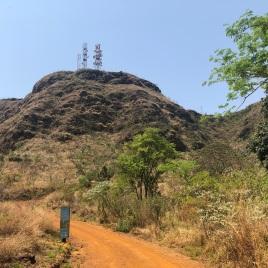 Objetivo da trilha: chegar até aquelas antenas. Todas as fotos: CMC